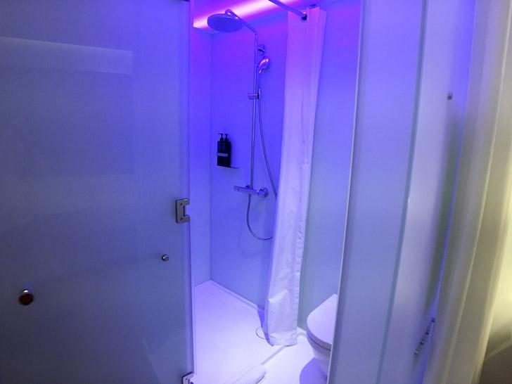 台湾のホテルのシャワー室